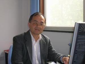 黄瑞新教授