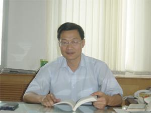 席燕林  副总工程师,教授级高级工程师