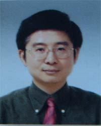 刘桦 (教授,常务副院长)