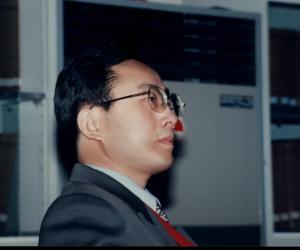 王成华  教授  副系主任