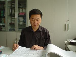 杨根成 院副总工程师/ 研究员级高级工程师/注册电气工程师