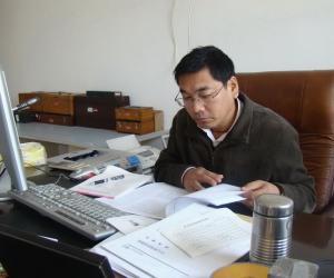 裴文斌  总工程师  高级工程师