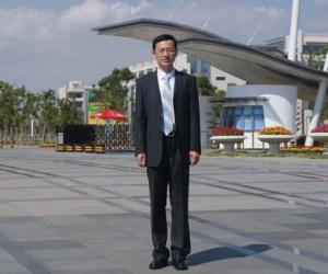 李晓峰  博士,副研究员
