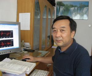 张宏  教授  硕士生导师