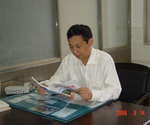 杨伟军  教授,博士后,博士生导师  长沙理工大学副校长